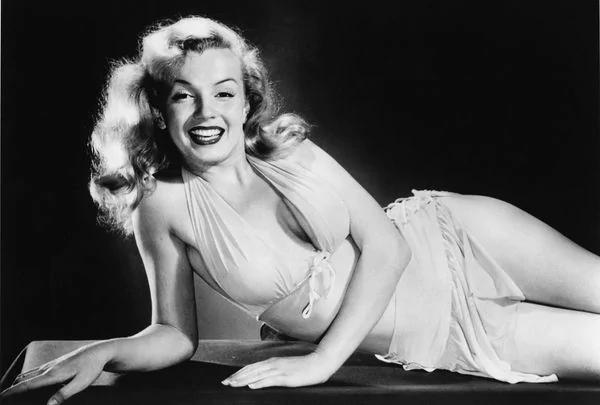 Marilyn Monroe15