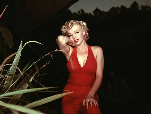 Marilyn Monroe16