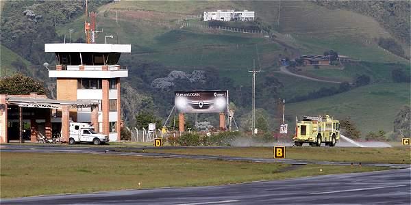Aeropuerto La Nubia1